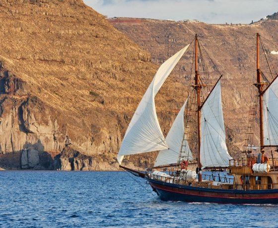 Hermes private cruise I-santorini