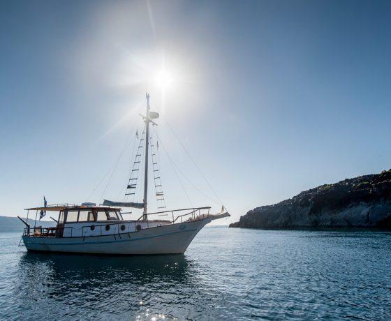 Traditional semi private cruise Santorini